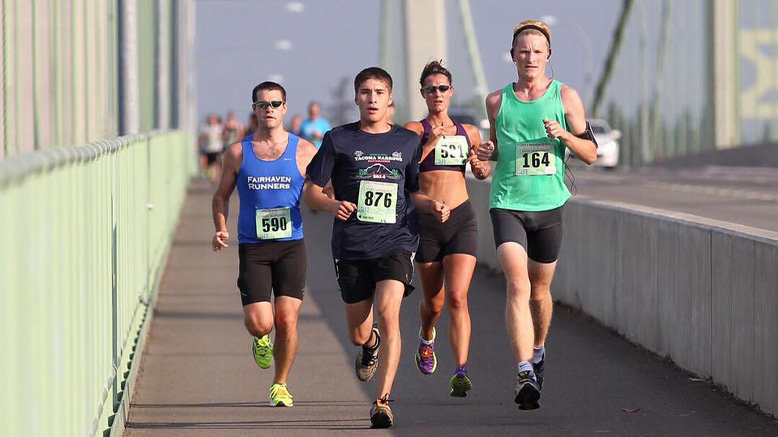 1 Seattle Half Marathon Entry