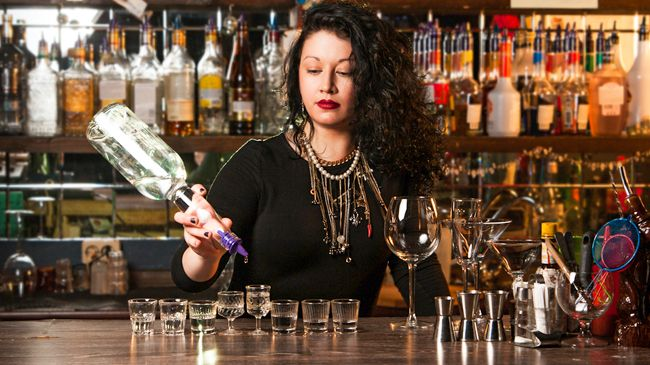 Lifetime Access to an Online Bartender Certification Program