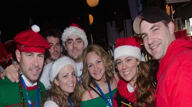 One Admission to the Chicago Christmas Crawl