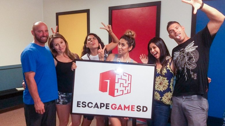 2 Admissions to The Japanese Thriller Escape Room