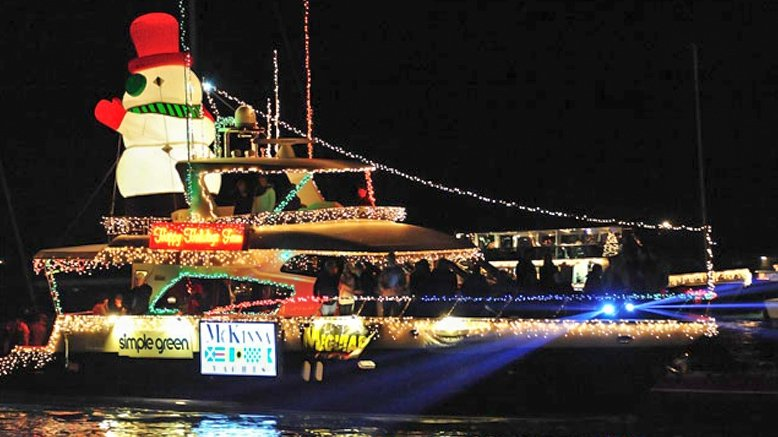 1 Child Ticket to the Holiday Lights OR Boat Parade Cruises