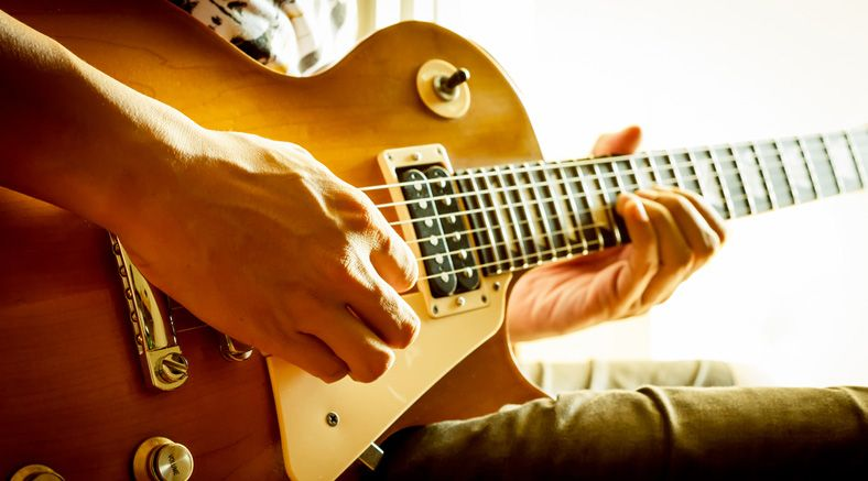 6 Months of Online Guitar Lessons