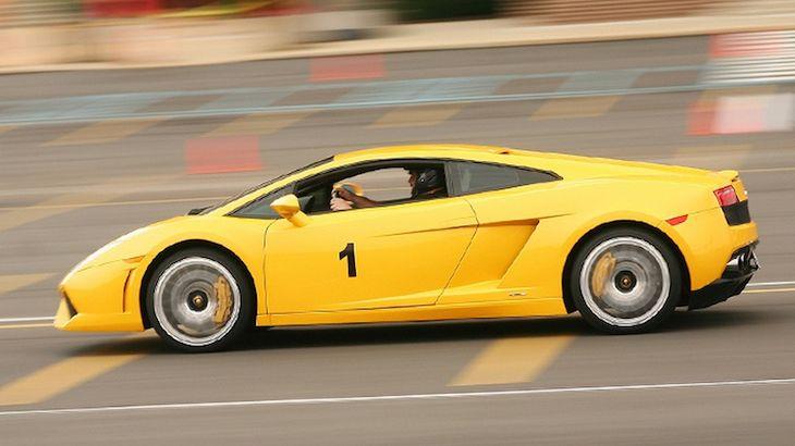 Lamborghini/Ferrari 3 lap High-SpeedRide-Along Experience