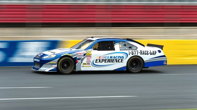 Nascar racing experience charlotte 50 discount dea rush49 for Nascar ride along charlotte motor speedway