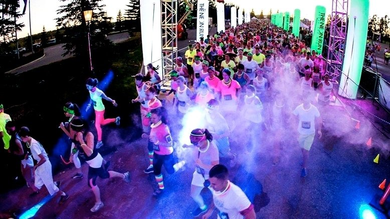 1 GA Entry to The Neon Run