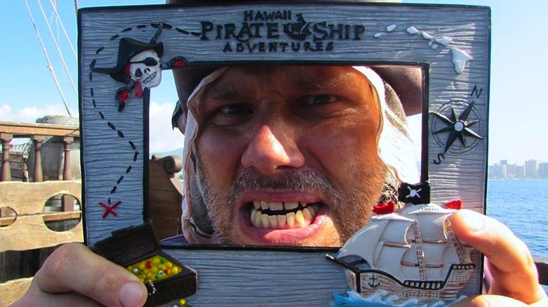 Adult 90-Minute Daytime Pirate Ship Cruise