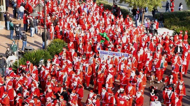 1 Great Santa Run Entry + Full Santa Suit