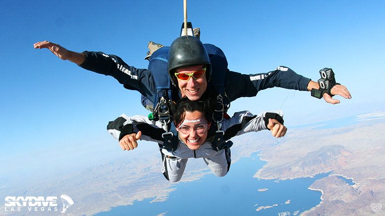 1 Tandem Skydive with Complimentary Shuttle