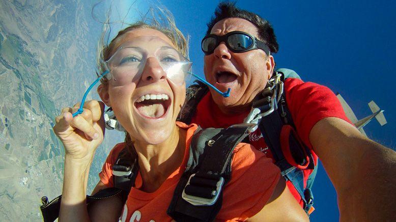 1 Tandem Skydive Jump