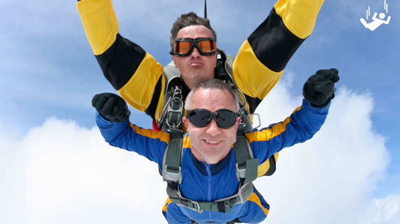 Tandem Skydive for 1 from 9,000ft