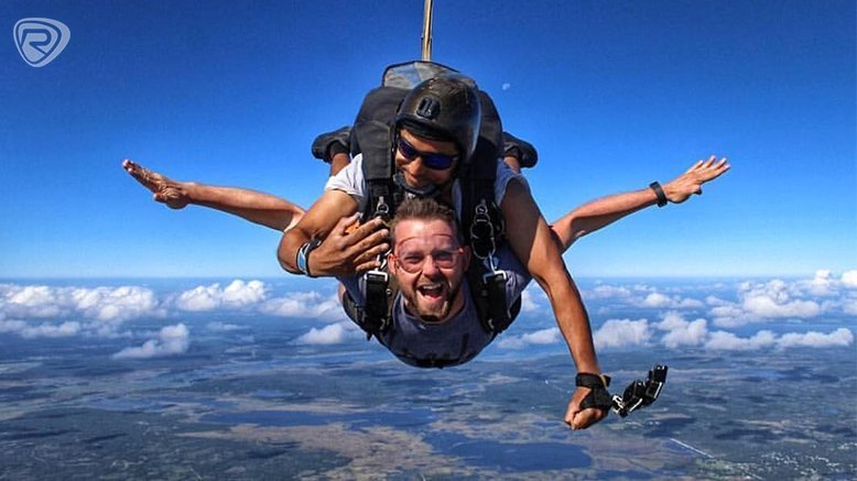 12,000 ft Skydiving Package for 1