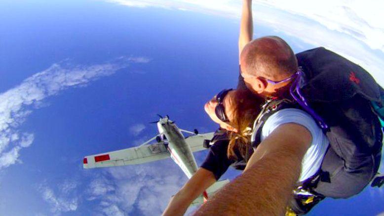 Tandem Skydiving Jump & T-Shirt
